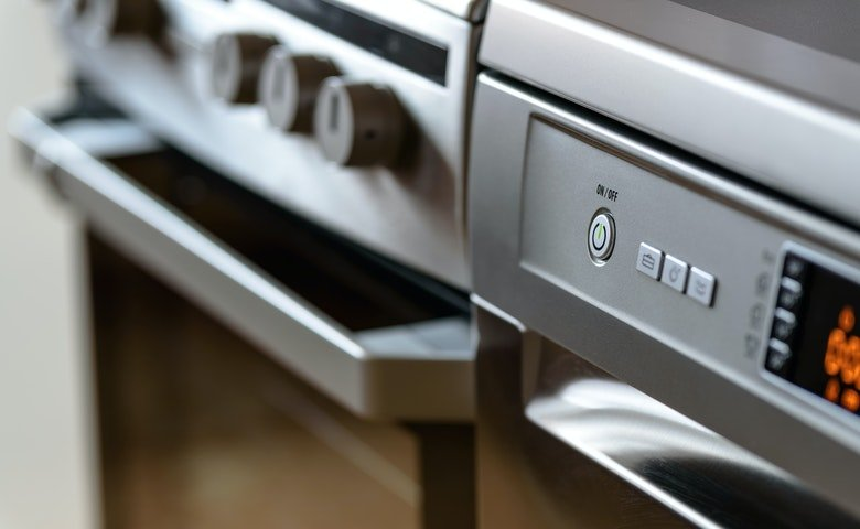 A Guide for Easy Oven Cleaning